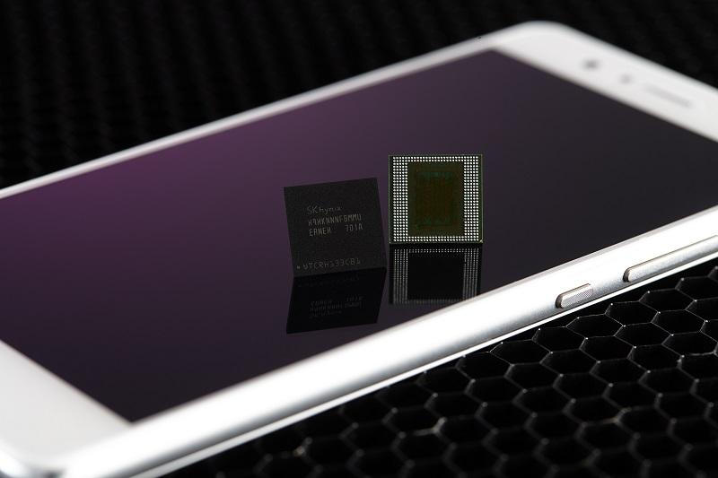 SK Hynix first high density LPDDR4X DRAM for phones