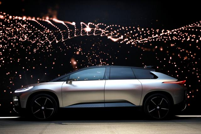 Faraday Future Introduces Its First Ever Electric Car At The Ces 2017 Video