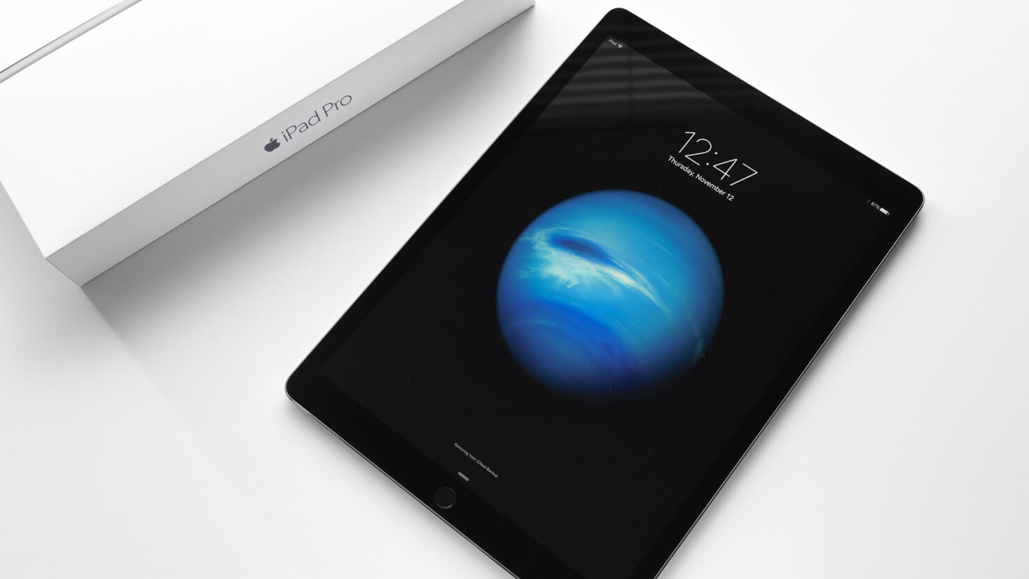Apple iOS device revenue $1 trillion