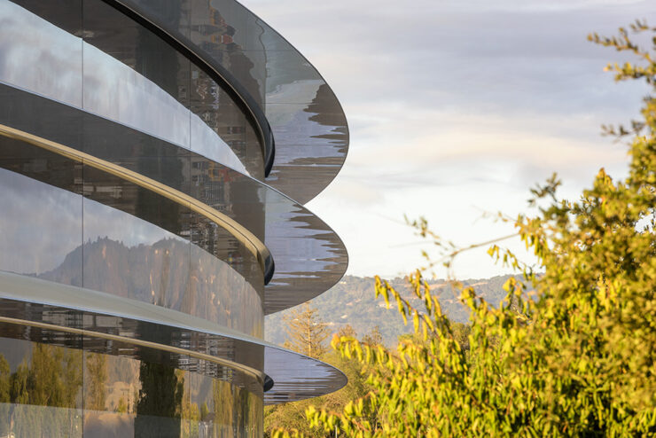 Apple Park opening April