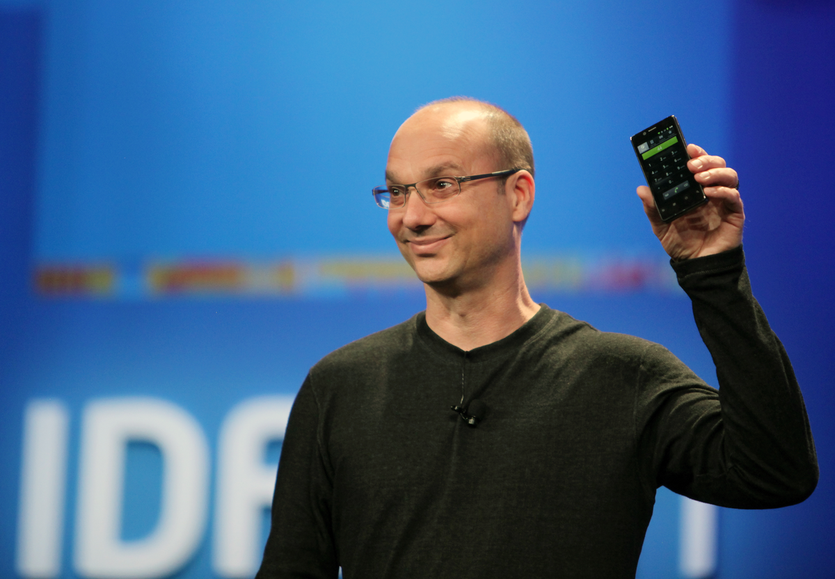 Android founder teases bezel less phone