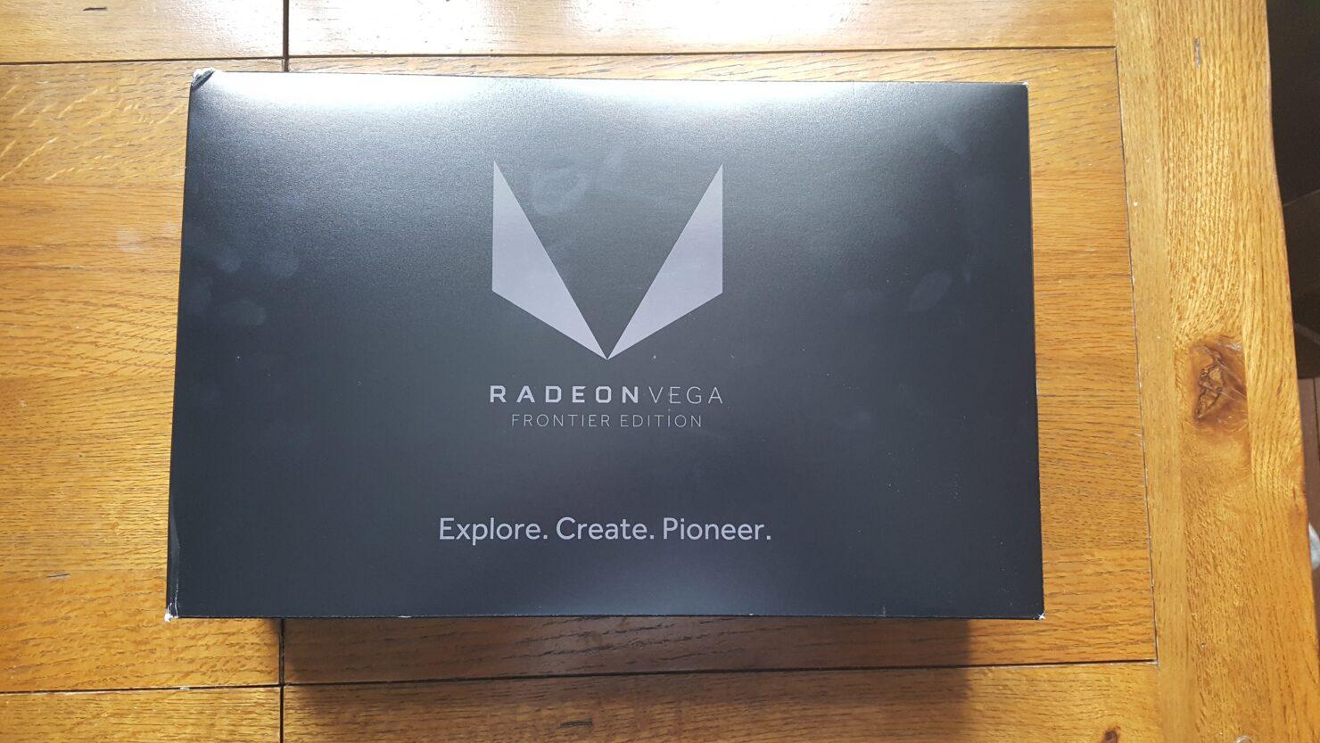 amd-radeon-vega-frontier-edition_unboxing_5