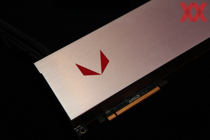 amd-radeon-rx-vega-64-liquid-cooled_4