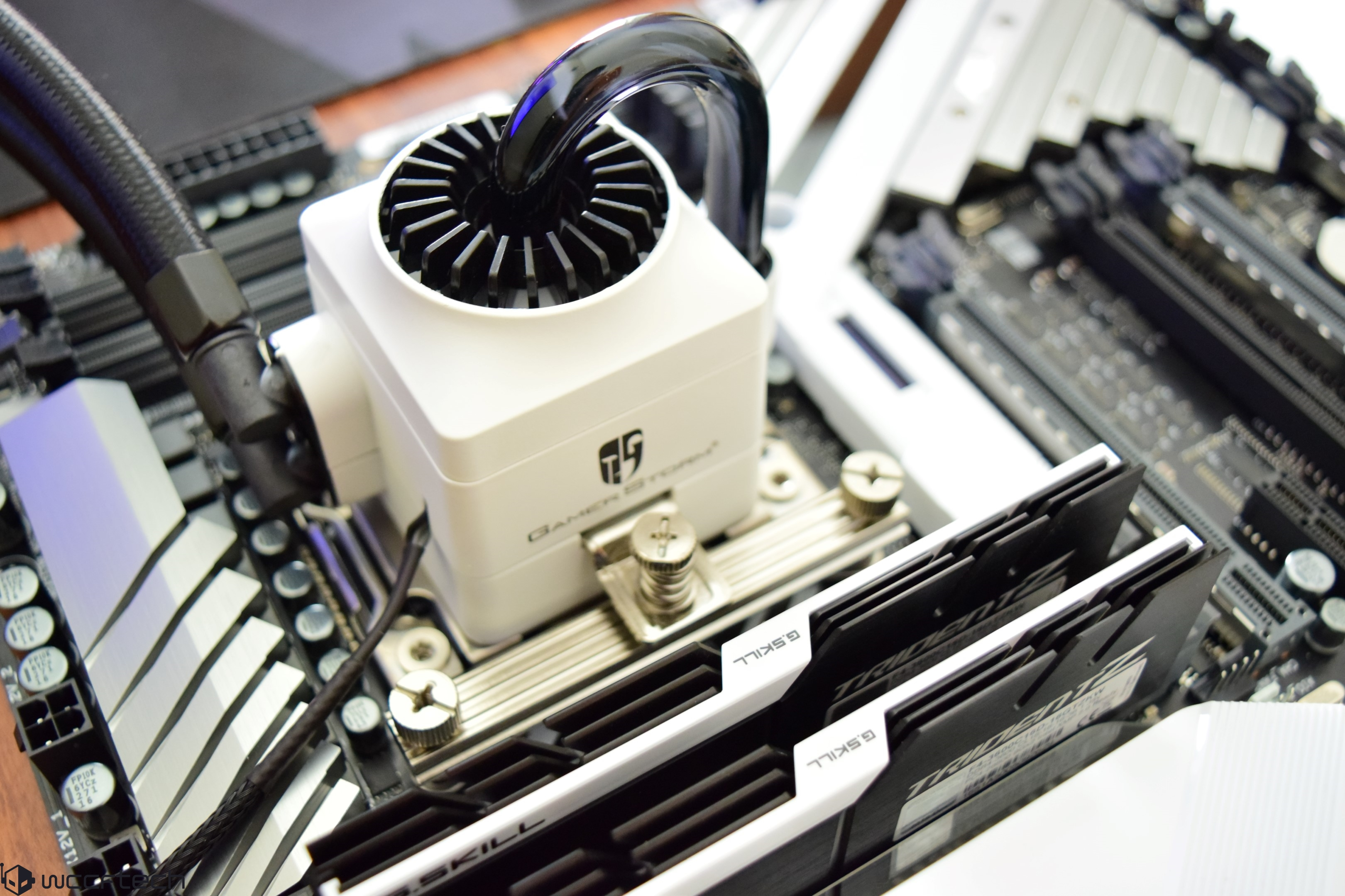 "Intel ""Core-X"" Core i7-7900X, Core i7-7820X, Core i7-7800X, Core i7"