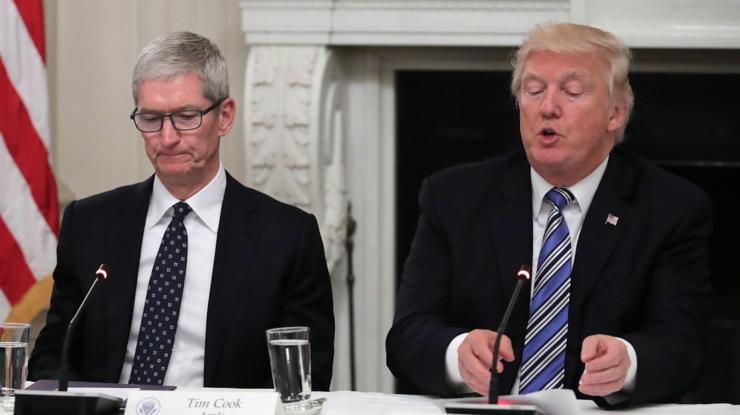 president trump apple