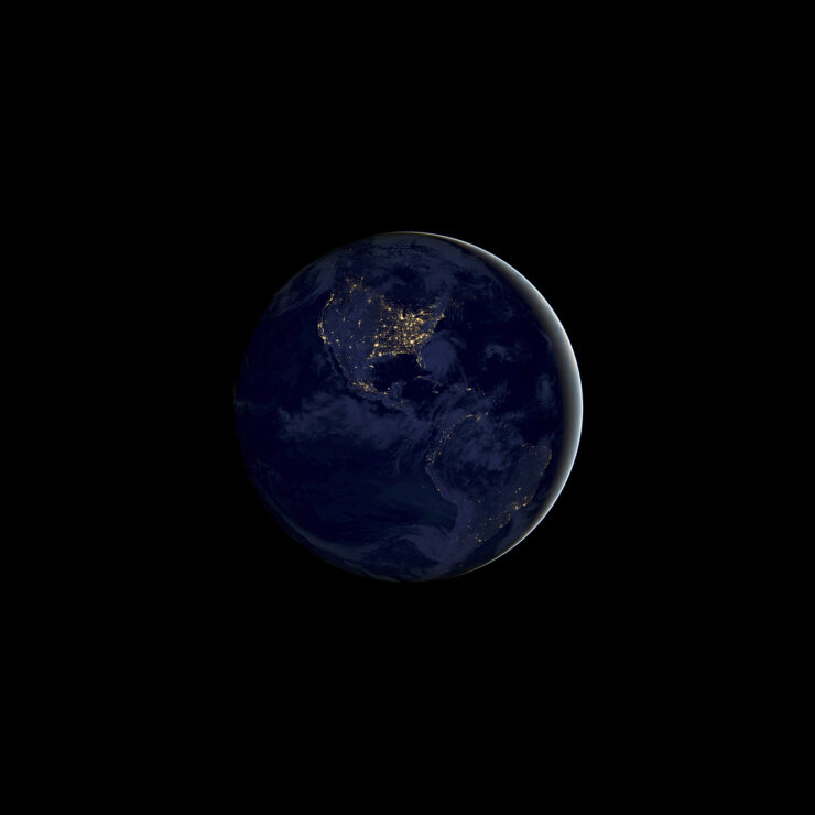 ios_11_gm_wallpaper_earth-night
