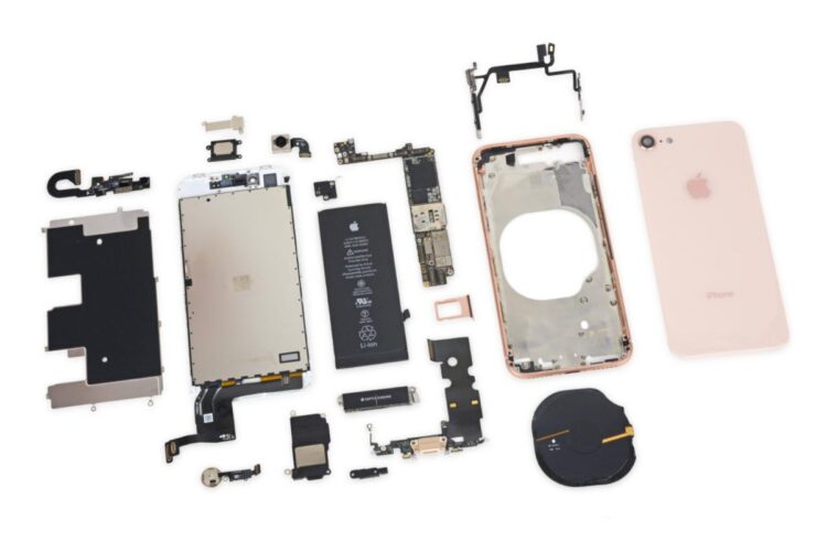 iPhone 8 component costs $250