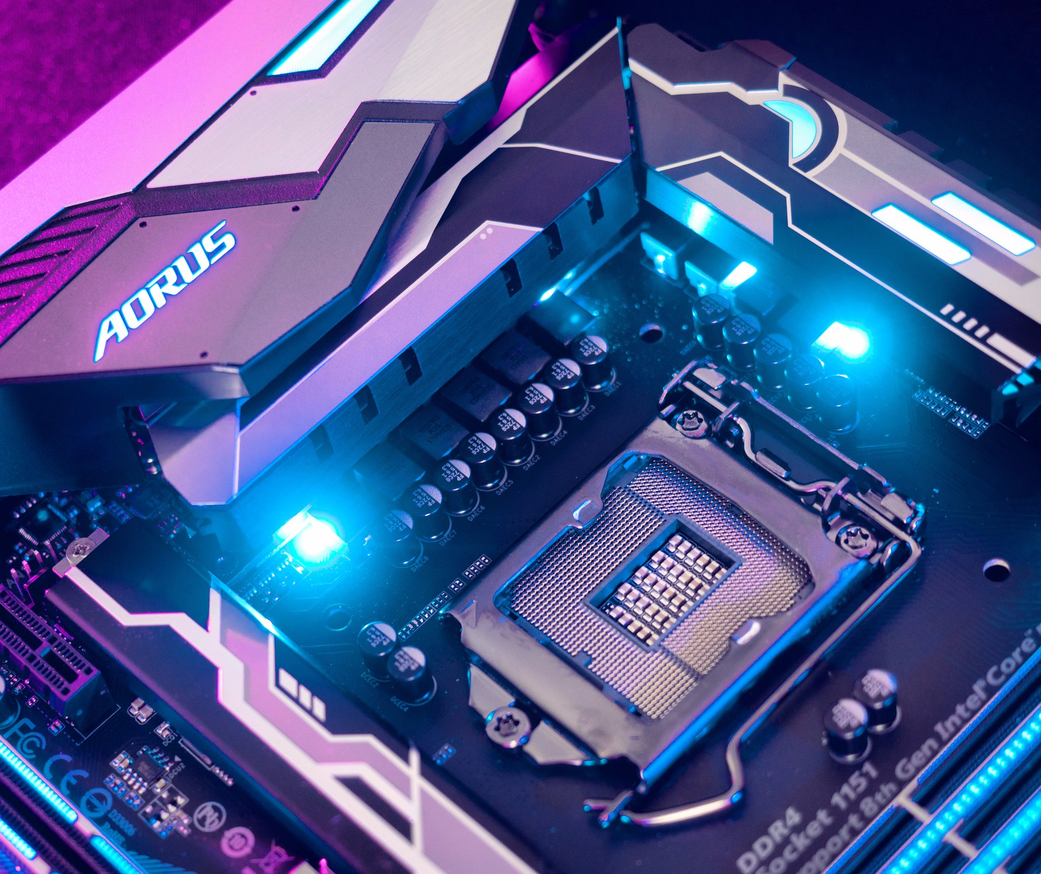 Intel Coffee Lake and Kaby Lake CPUs Use Different LGA Pin