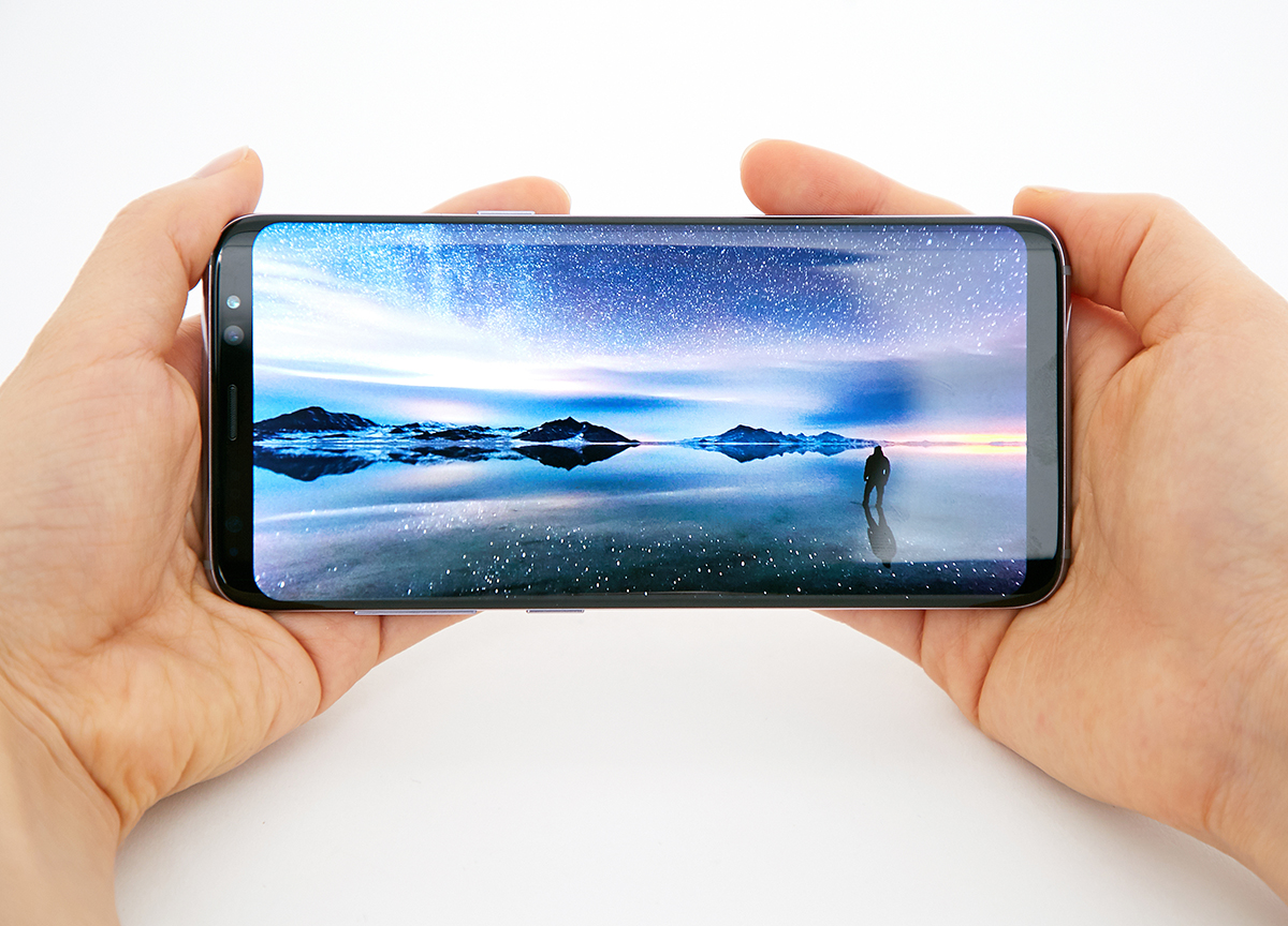 IPhone X isn't almost  as good as Samsung's new phones - here's why