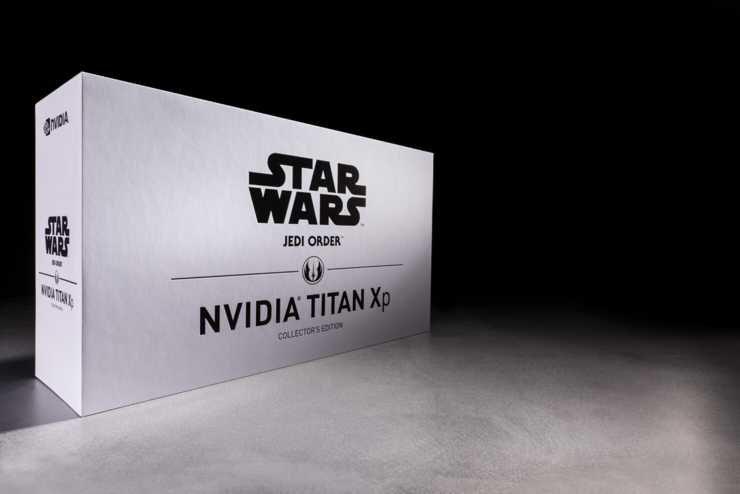 nvidia-geforce-titan-xp-star-wars-collectors-edition-jedi-order-packaging-photo-003