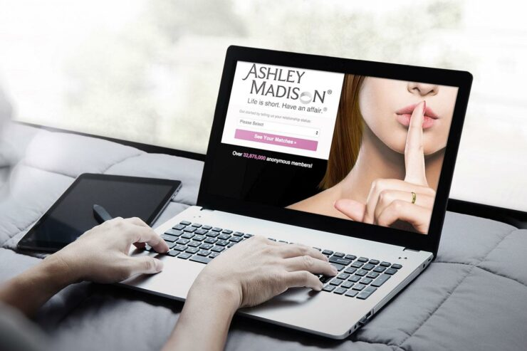 Ashley Madison expose
