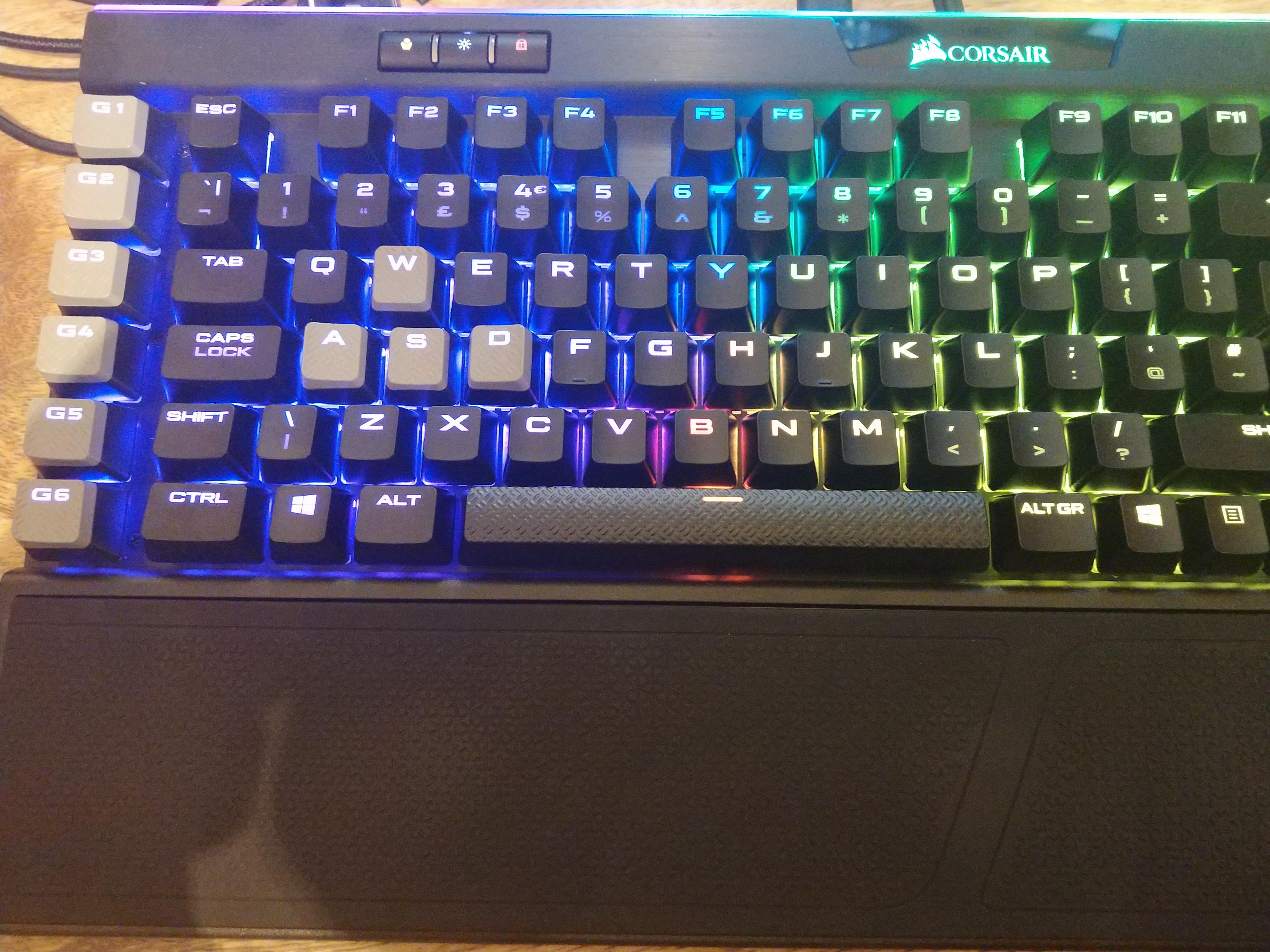 The Hardware Review: Corsair K95 RGB Platinum Cherry MX Speed