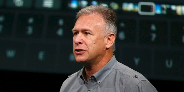 Apple's Phil Schiller Has a Stance on Facial Recognition in Other Smartphones: They 'All Stink'