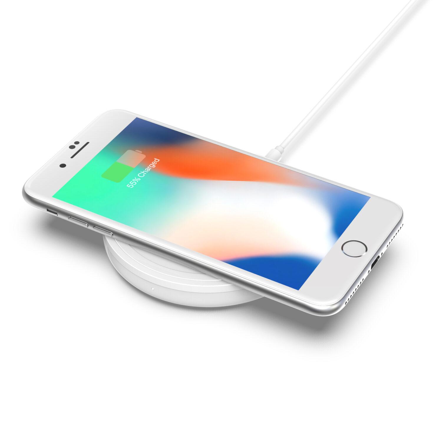 bold_charging_pad_iphone_1