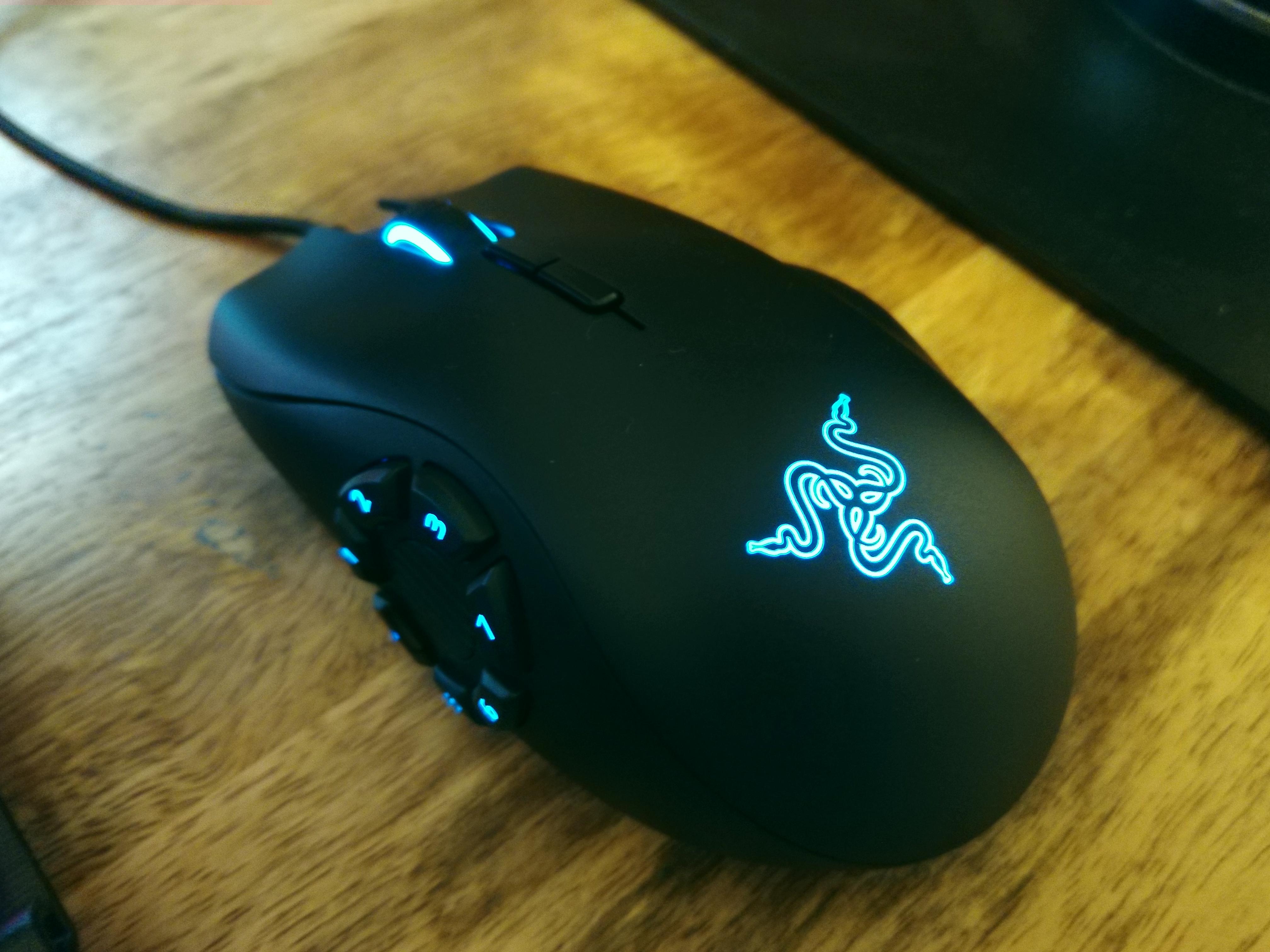 The Hardware Review Razer Naga Trinity Gaming Mouse