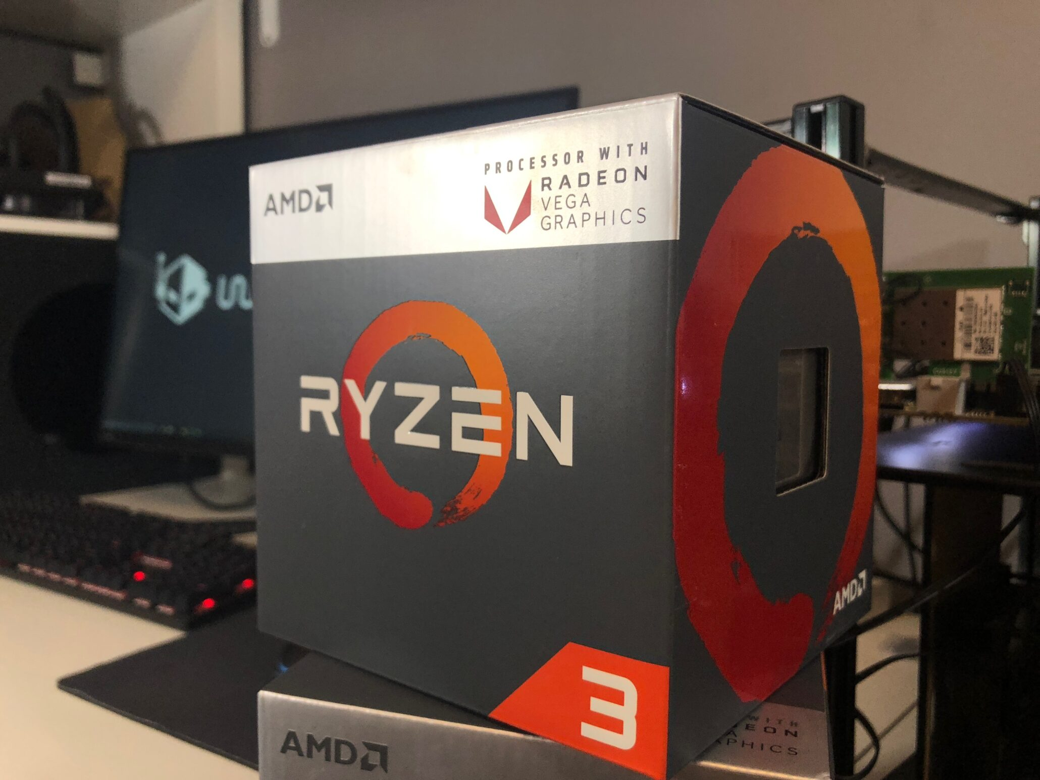 AMD Ryzen 3 2200G With Vega 8 Overclocked To 1600MHz