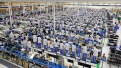 smartphone-factory-x660