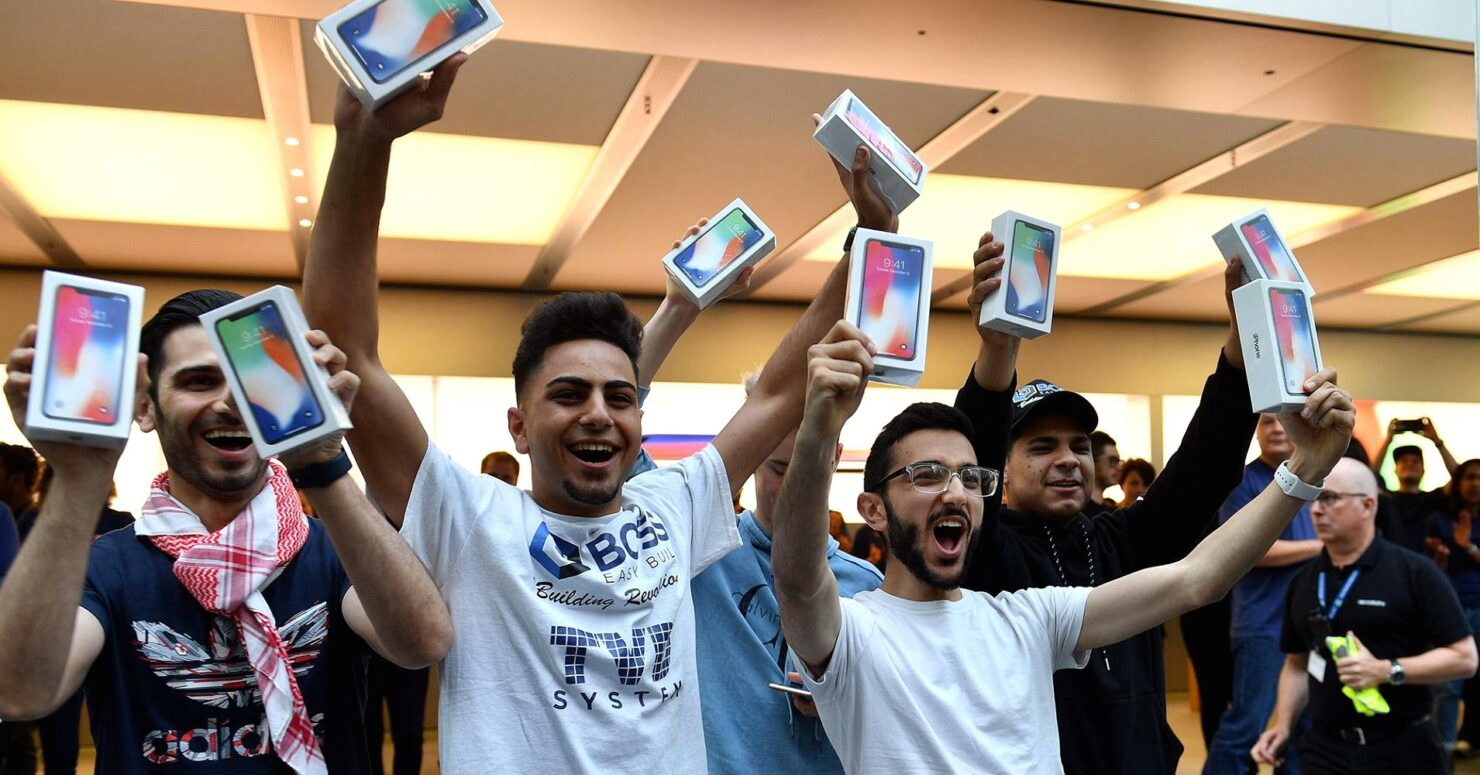 Apple & Goldman Sachs Have Reportedly Found a Flexible Way to Pay for Upcoming Expensive iPhones