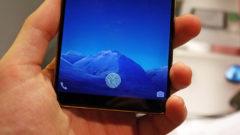 in-screen-fingerprint-reader