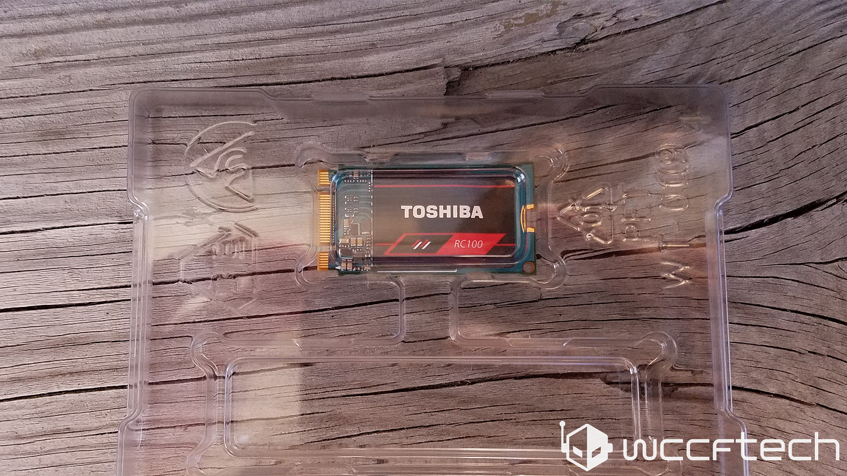 wccftech-toshiba-rc100-240gb-clamshell
