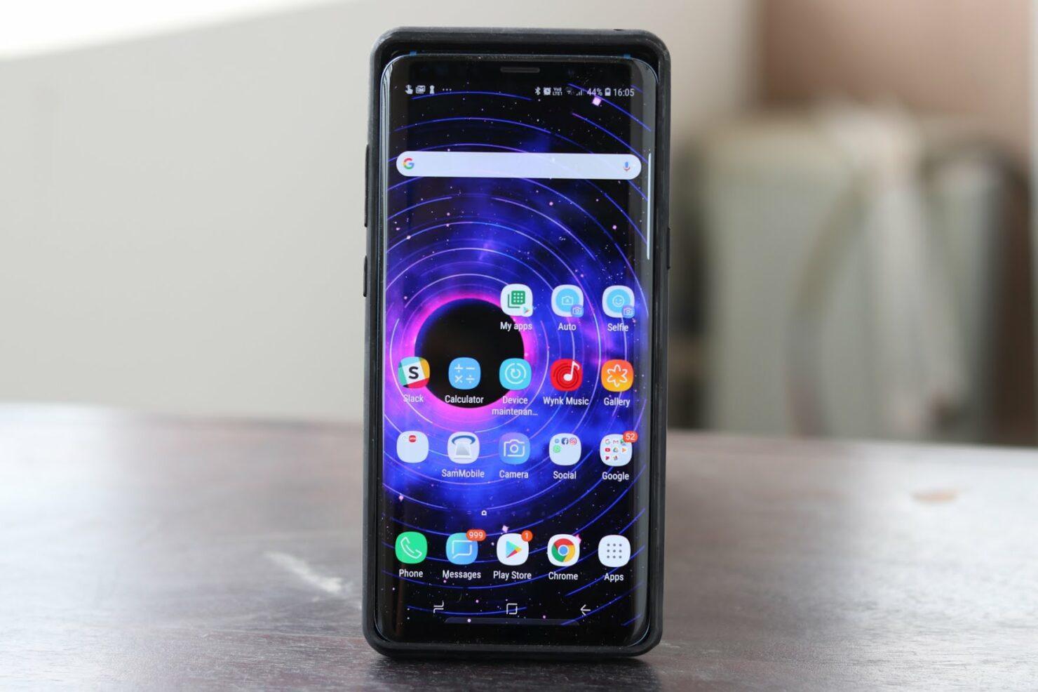 galaxy-s9-plus-in-note-8-case