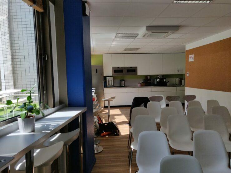 oneplus-6-indoor