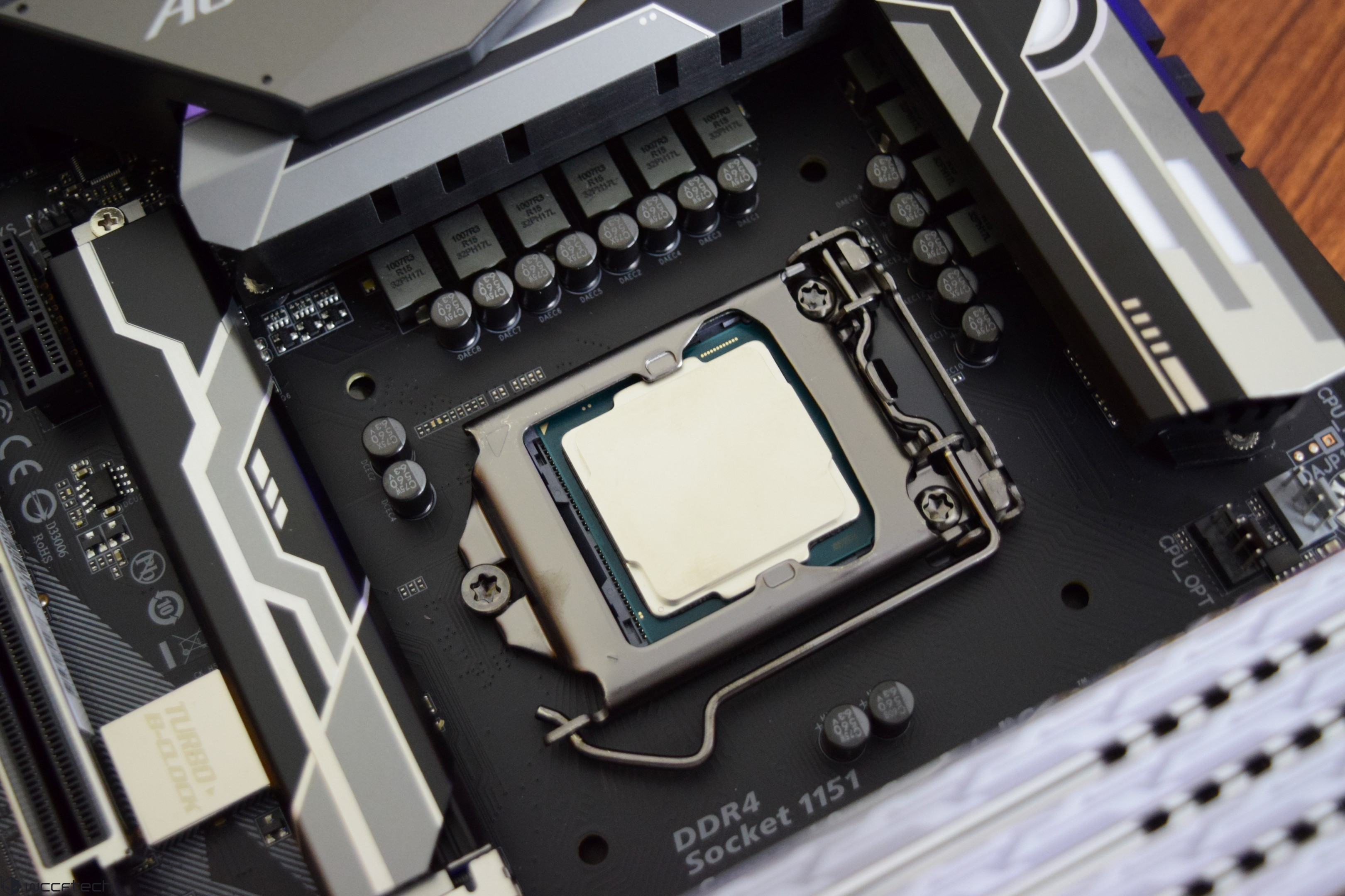 Intel Core I9 9900k With Gold Plated Soldered Ihs Pictured In All Custom Cpu Gpu Processing Unit Enhanced Circuit Board Design I7 9700k Intels First 8 Mainstream Desktop Up To 46 Ghz Clocks Across Cores