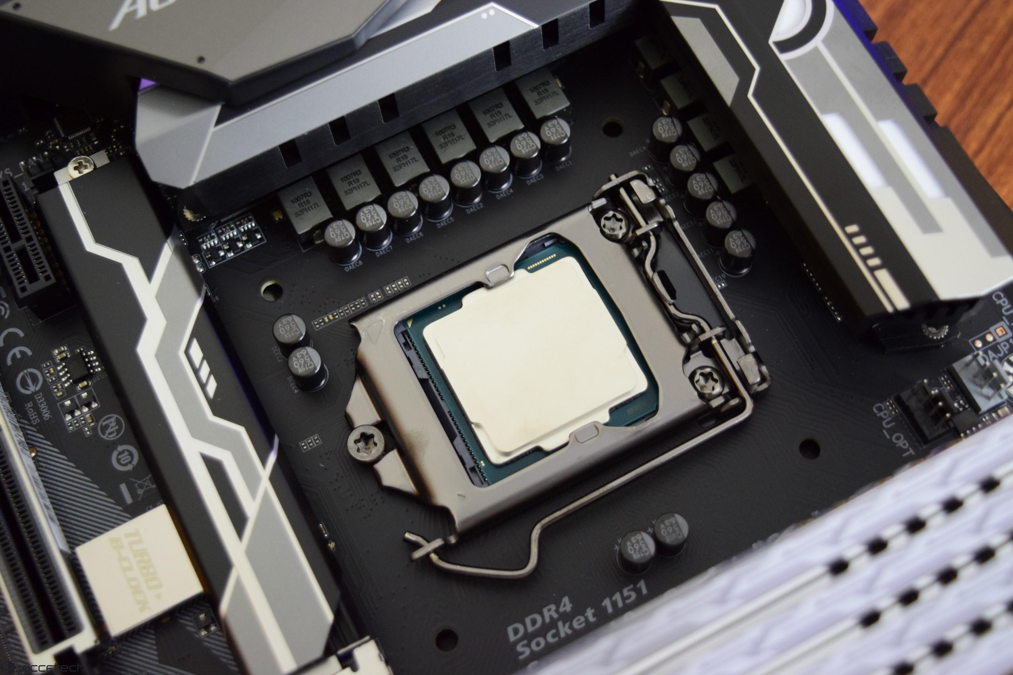 Intel Core i9-9900K, i7-9700K, i5-9600K CPU Performance