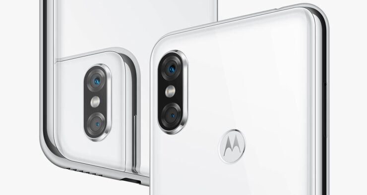 Motorola's P30 Rips off iPhone X's Design and Huawei's Twilight Color Scheme