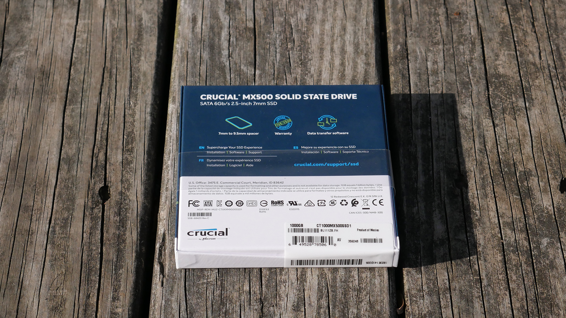 wccftech-crucial-mx500-1tb-box-rear
