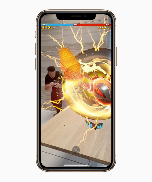apple-iphone-xs-gold-game-screen-09122018_inline-jpg-large_2x