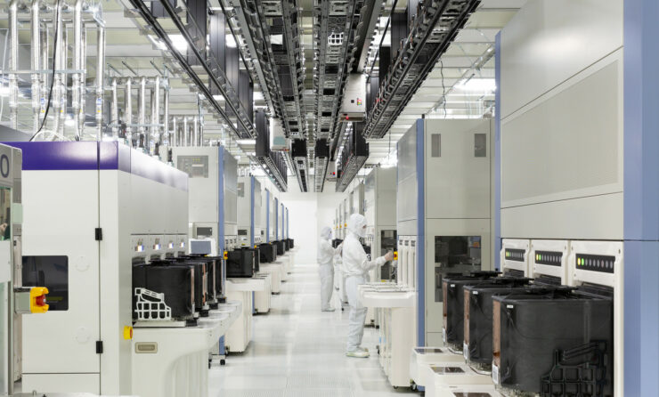 western-digital-toshiba-fabrication-plant-fab-6-open-3