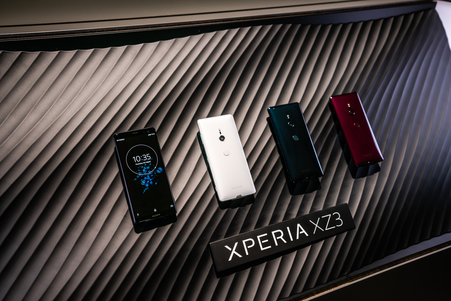 Dc5m United States It In English Created At 2018 09 25 0007 Storagenewsletter Cypress Adds Usb Typec Hub Controller With Sonys Upcoming Flagship The Xperia Xz3 Is Expected To Launch Sometime Later This Year Device Stereo Speakers