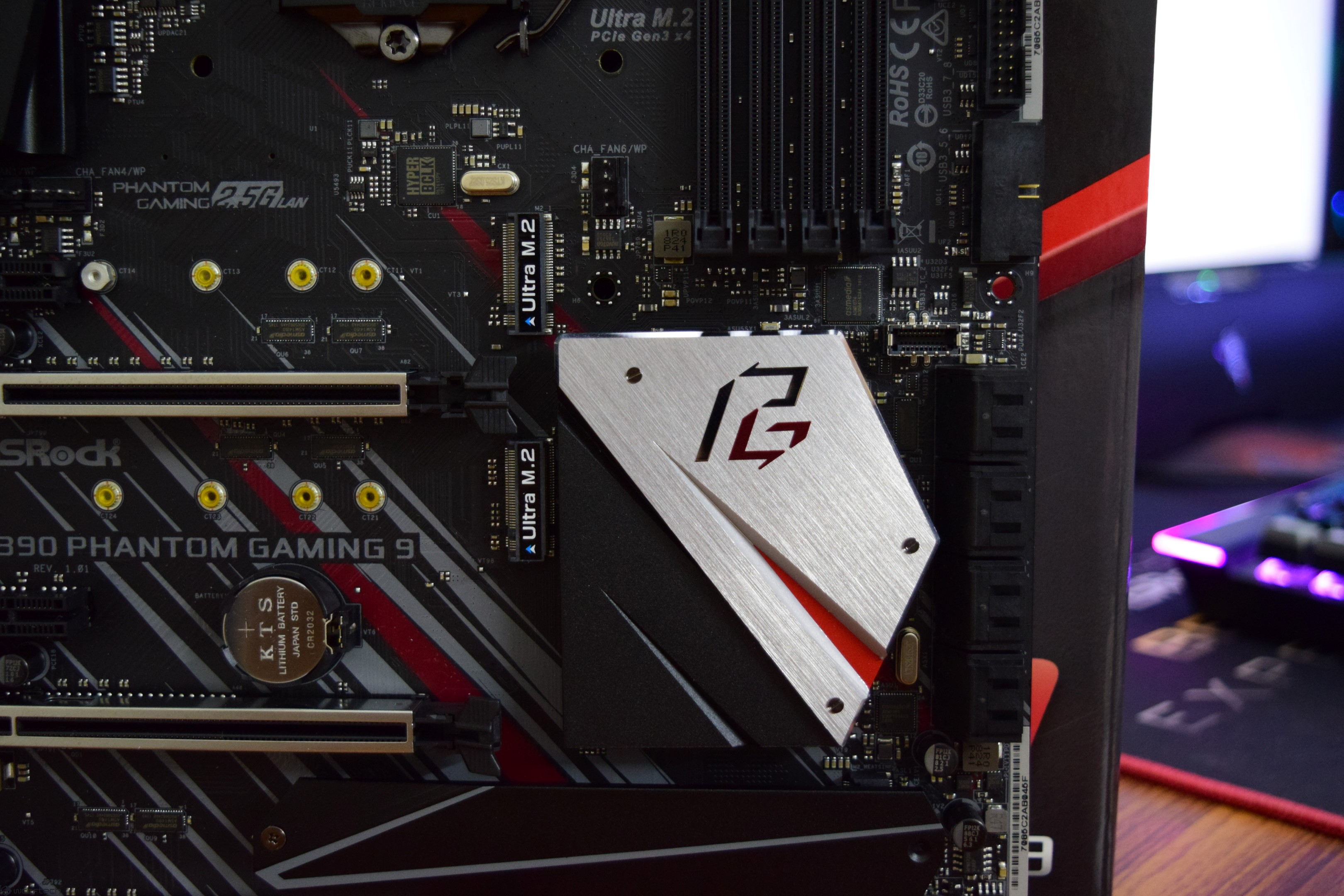 ASRock Z390 Phantom Gaming 9 Motherboard Review