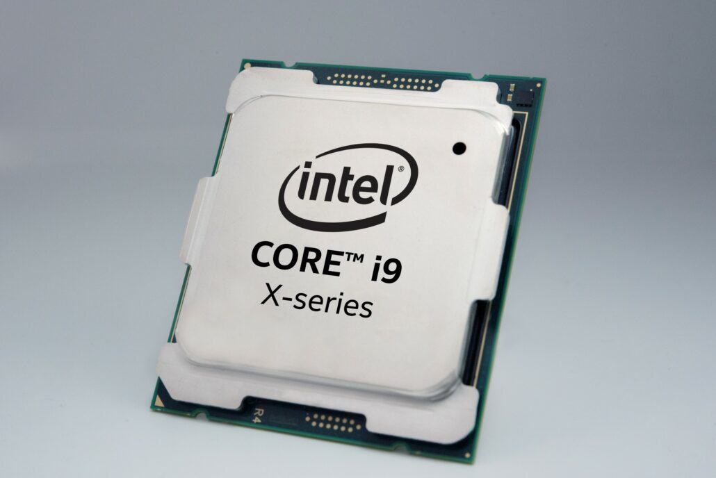 Intel 9th Gen Core I9 9900k Amp Core I9 9980xe Cpus