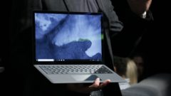 surface-laptop-2-4