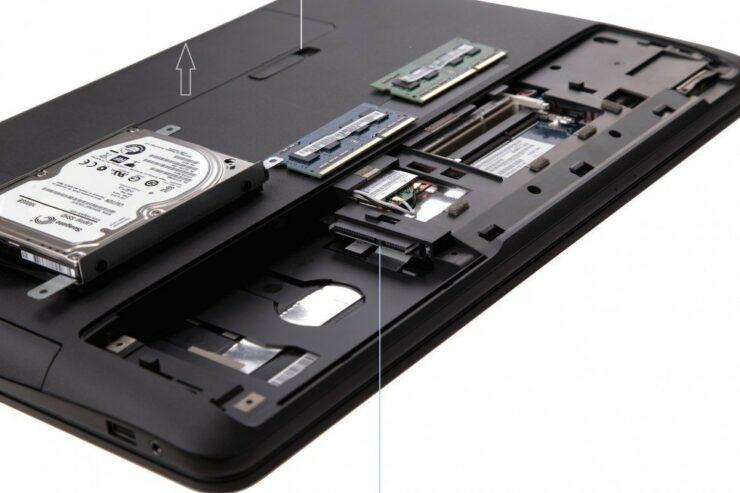 rog-asus-laptop-sata-ports