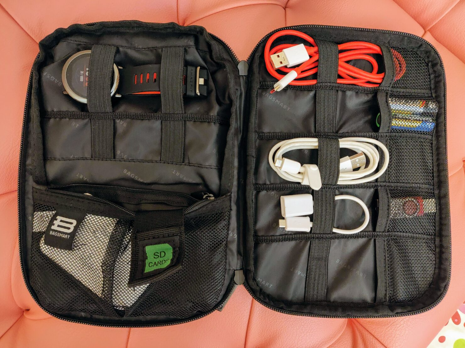 cable-organizing-bag