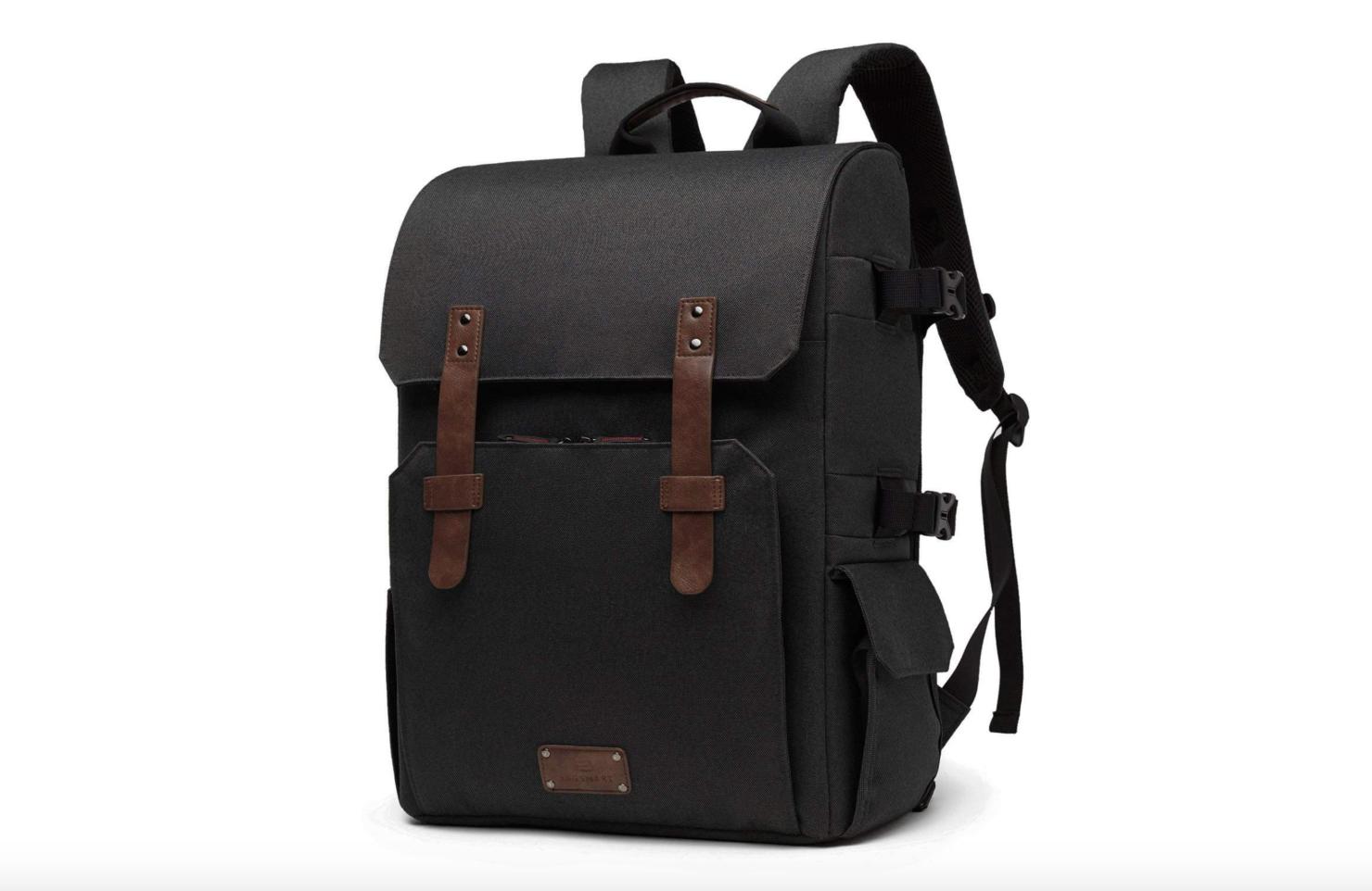 camera-bag-with-tripod