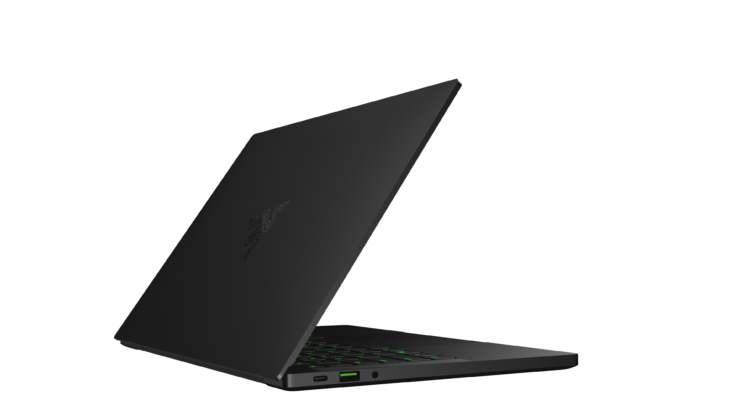 razer-blade-stealth-2019-fhd-display-png-2