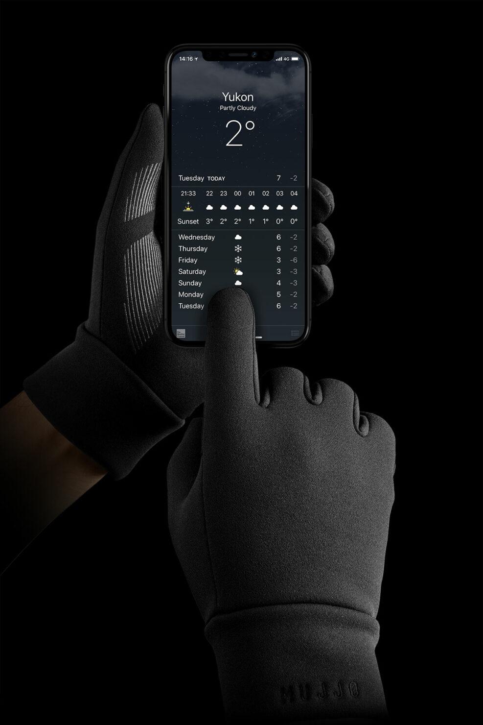 touchscreen-gloves-02