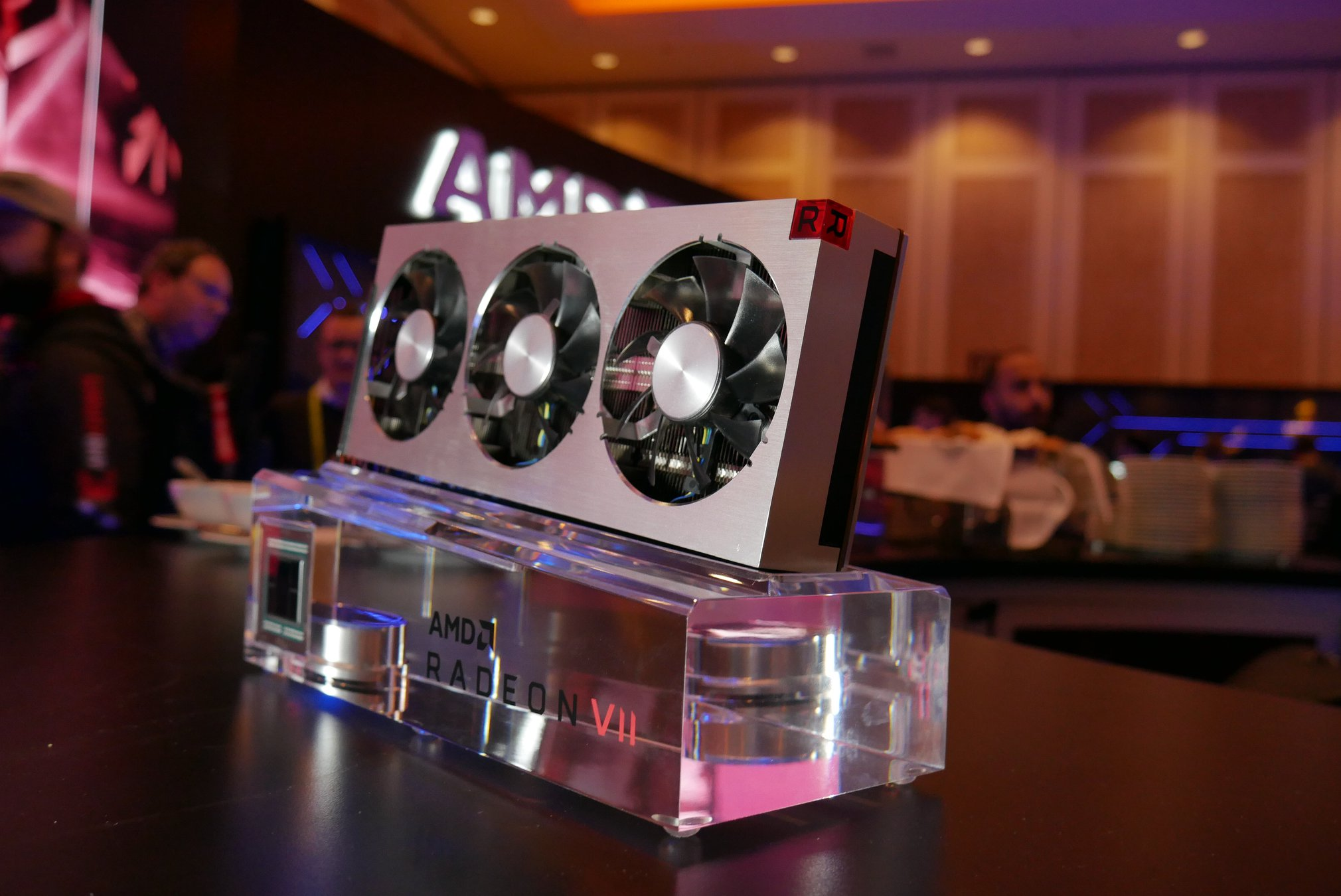 Amd Radeon Vii Worlds First Gaming 7nm Graphics Card Review Roundup