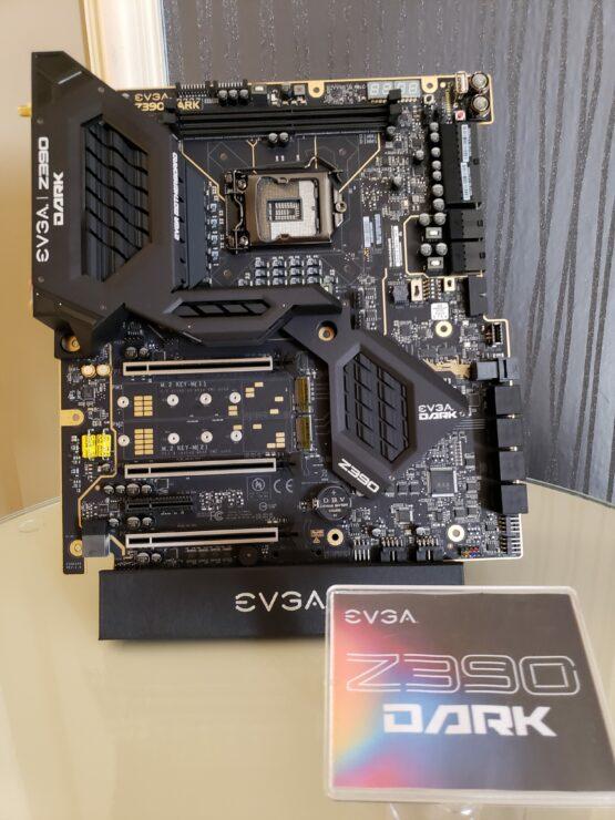 evga-z390-dark-full