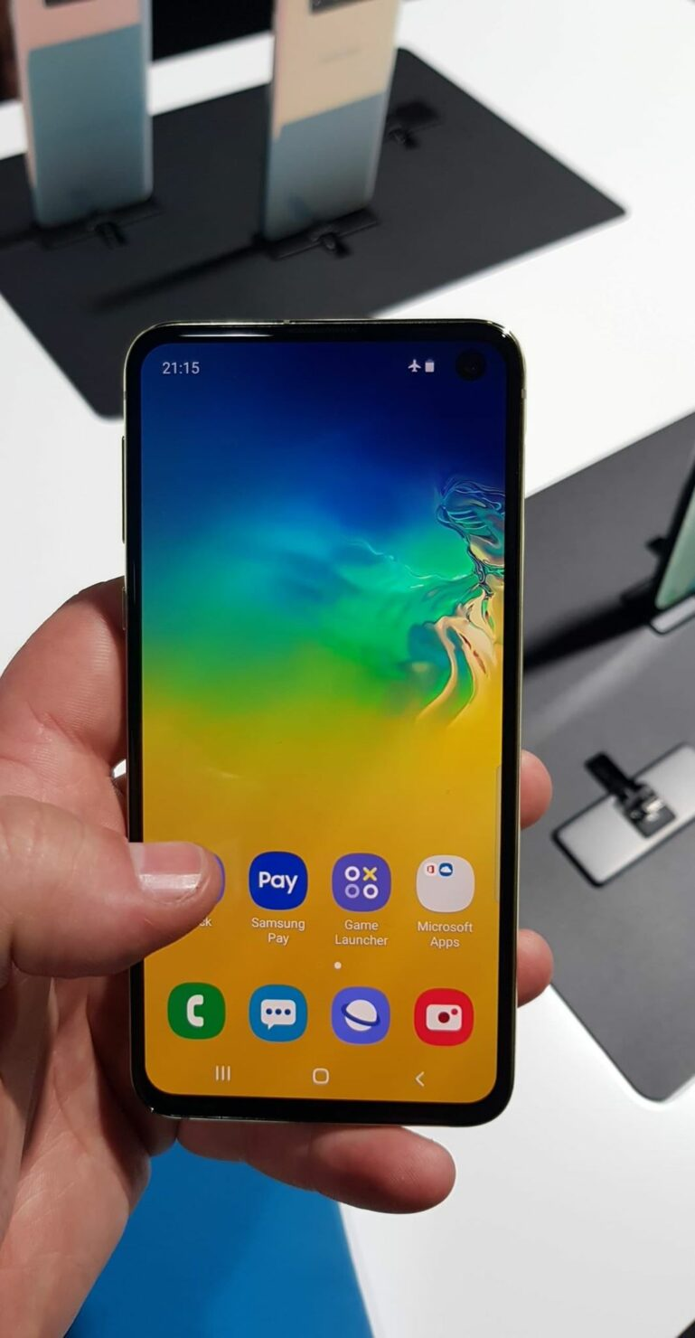 galaxy-s10e-hands-on-images-1
