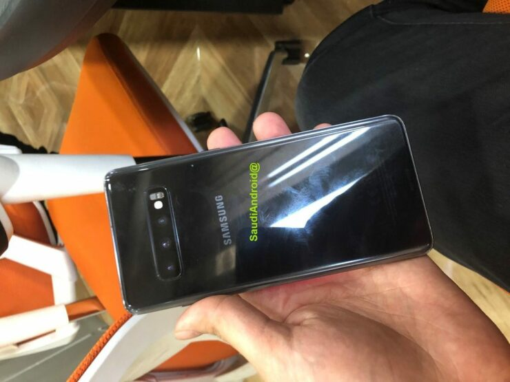 galaxy-s10-plus-new-leaked-4-2