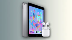 ipad-7-with-airpods-2