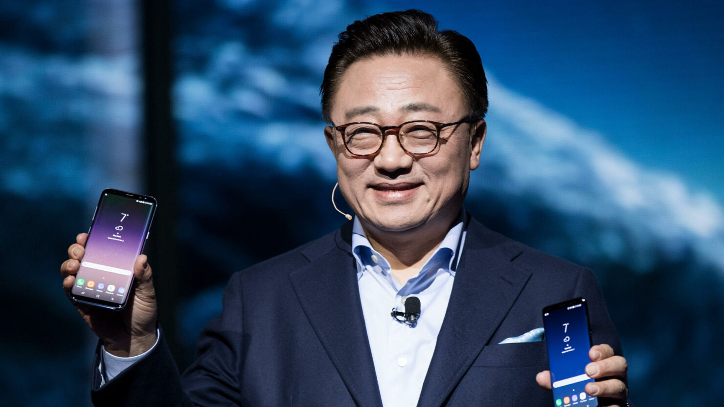 Samsung foldable devices maintain number one spot