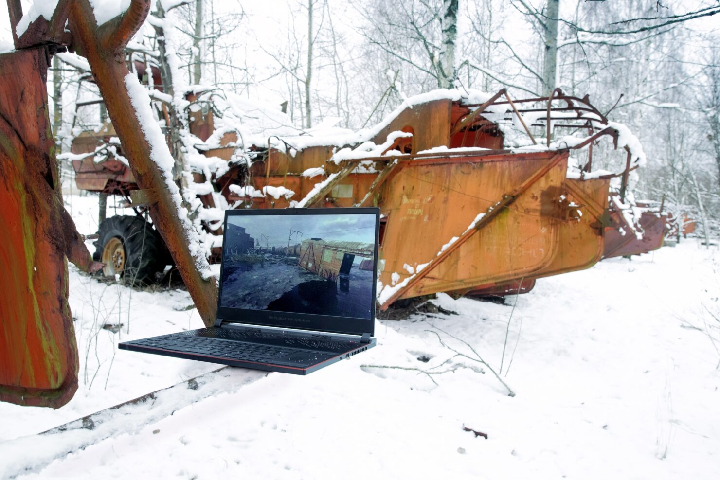 metro-exodus-brought-to-life-03-laptop-04