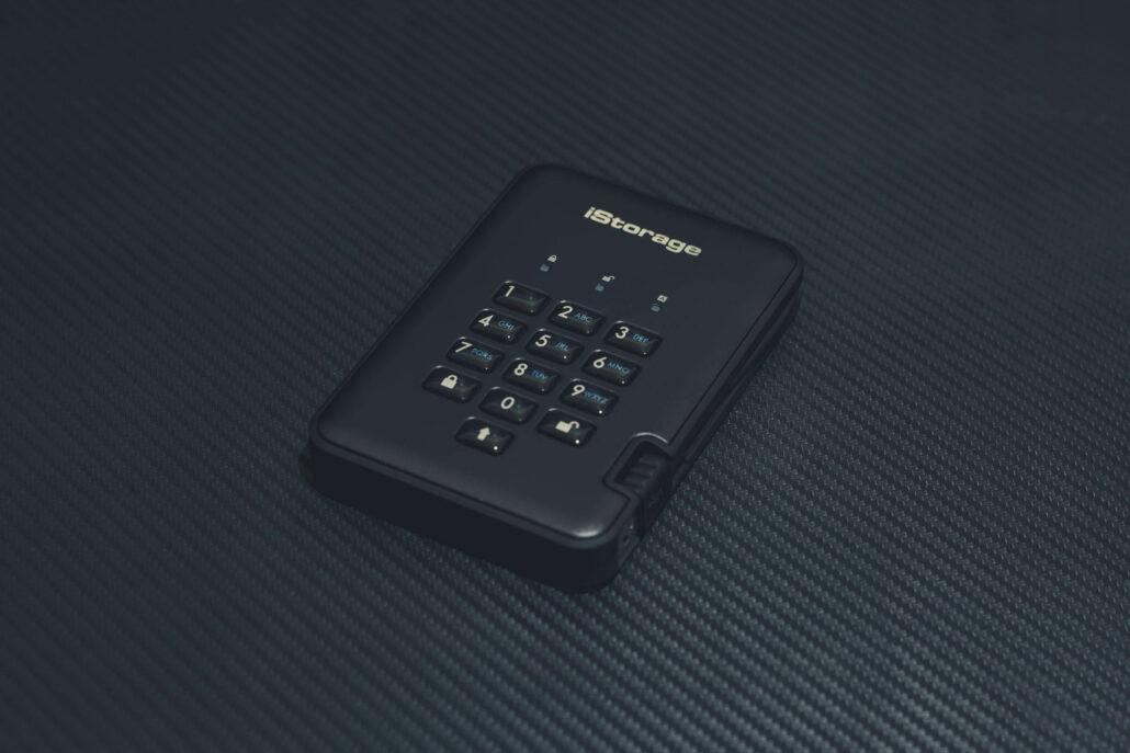 diskashur-pro2-ssd-review-img_2324