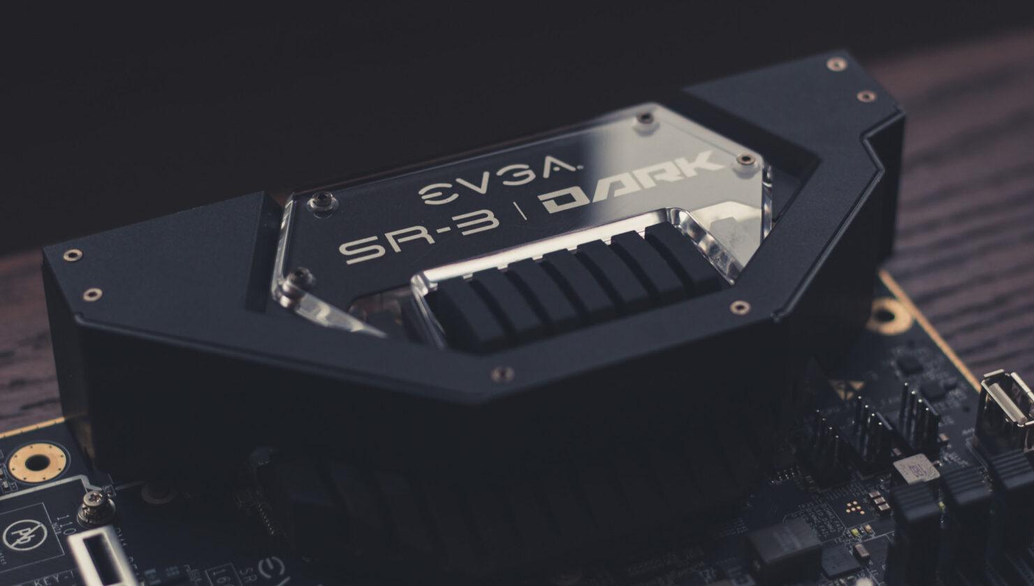img_2383-evga-dark-sr-3-motherboard